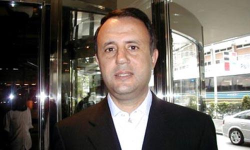 h-chiboubpresident-130609-2.jpg