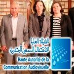 من 3200 إلى 3500 و سيارة كمنحة شهرية لأعضاء الهيئة العليا للاتصال السمعي والبصري