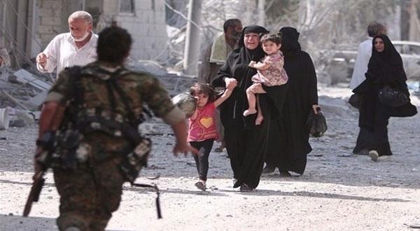 خروج آلاف المدنيين من أحياء حلب الشرقية