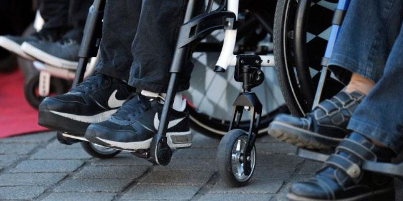Marche pour les droits des personnes handicapées à Douz