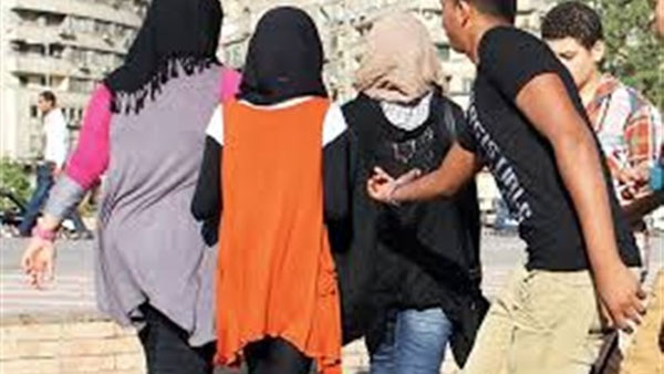 وزيرة المرأة: سنة سجن وخطية مالية للمتحرشين بالنساء هدفه تغيير العقلية