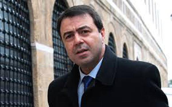 رسمي: وزير الداخلية يعلن عن أسماء الموقوفين تحت الإقامة الجبرية في اطار مكافحة الفساد