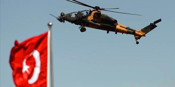 طائرة مقاتلة تركية تسقط طائرة هليكوبتر عسكرية يستخدمها مدبرو الانقلاب