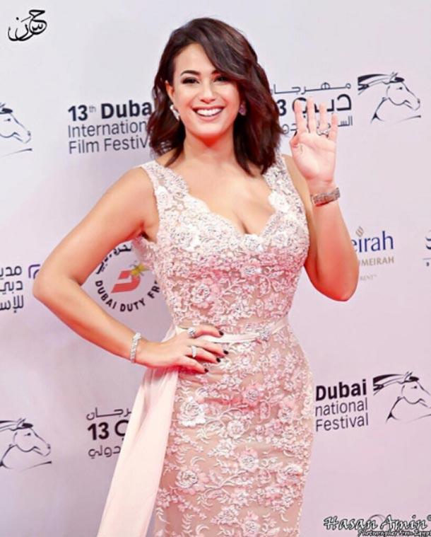 En photos : Hend Sabry habillée par Ali Karoui  au Festival international du film de Dubaï