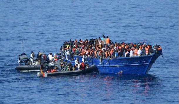 أنباء عن موت زهاء 250 مهاجرا غرقا قبالة السواحل الليبية