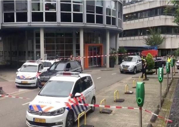 الشرطة الهولندية تعتقل رجلا احتجز سيدة في محطة إذاعية