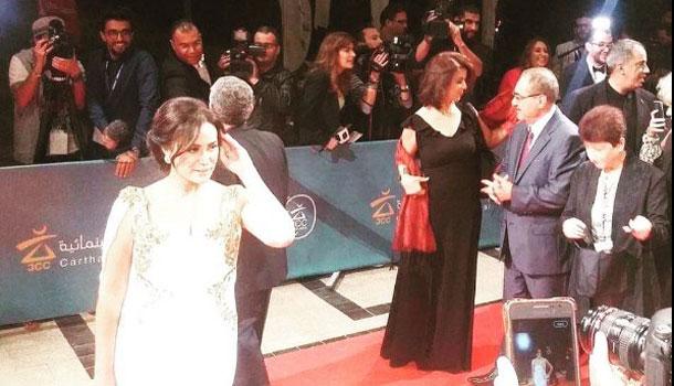 Arrivée de Hend Sabri, sur le tapis rouge des JCC