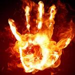 توزر: رجل يضرم النار في جسده في الحامة