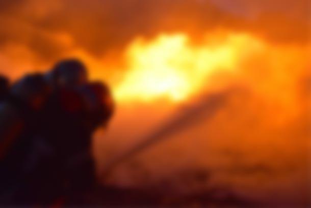 Incendie dans un magasin de carburant de contrebande à Sfax