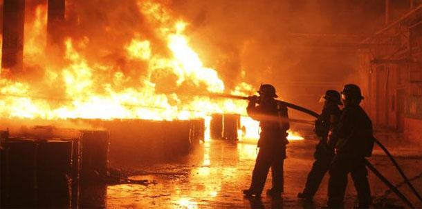 Incendie dans une usine de peinture à Sfax