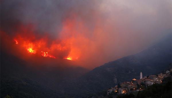 Incendie en Haute-Corse : au moins 2.000 hectares de végétation partis en fumée