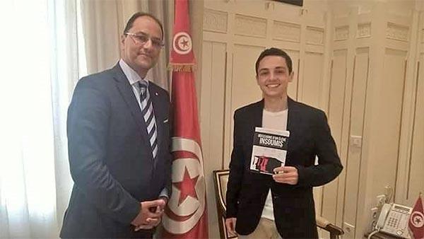 Slim Khalbous reçoit ''l 'élève insoumis''