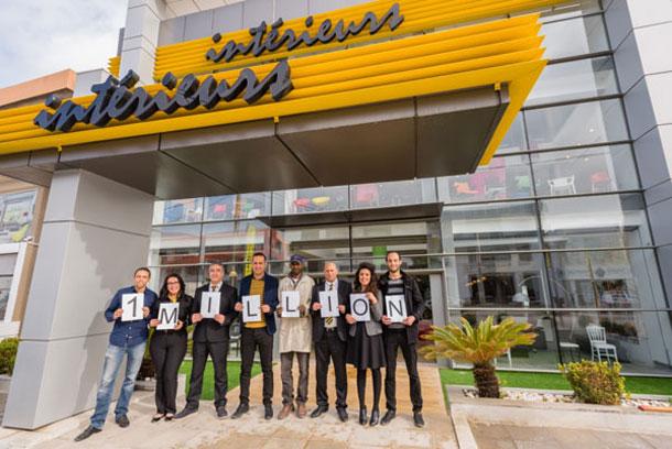 Meubles Intérieurs fête la vente de sa millionième chaise par une action sociale