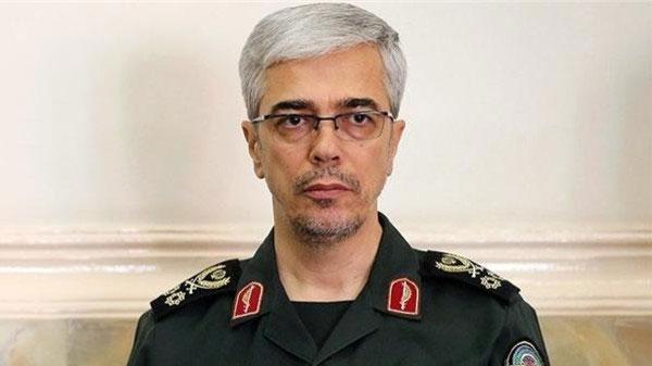 إيران تهدد باستهداف القوات الأميركية بالمنطقة