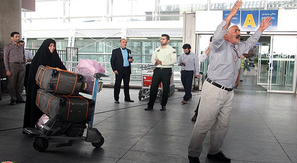 إيران تقرر عدم إرسال حجاج إلى مكة