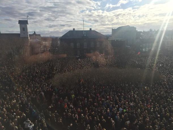 Panama Papers : les Islandais réclament la démission de leur Premier ministre