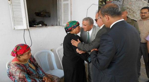 وزير الشؤون الاجتماعية يقدم العزاء لعائلتي الشهيدين من ولاية جندوبة