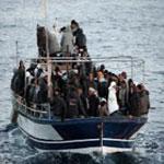 انقاذ مهاجرين غير شرعيين قبالة سواحل جرجيس