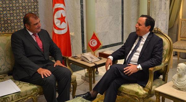وزير الشؤون الخارجية يستقبل سفير مصر بتونس