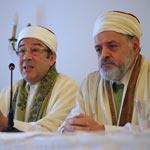 Les Cheikhs de la Zitouna conduisent la caravane de la paix sous le slogon : Patrie pour tous, Tunisie pour tous