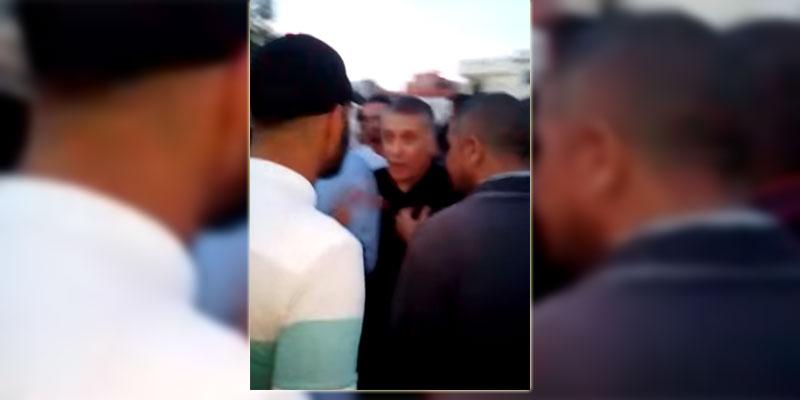 بالفيديو: شباب حي هلال يطردون نبيل القروي، ''نموتو و ما ناكلوش من عندك ''