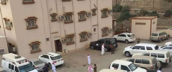 معلم يقتحم مكتب تعليم في السعودية برشاش..