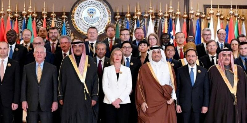 A Koweït, le chef de la diplomatie américaine appelle la coalition à ne pas baisser la garde devant la menace terroriste