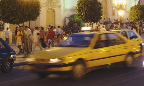 l-taxi-110409.jpg