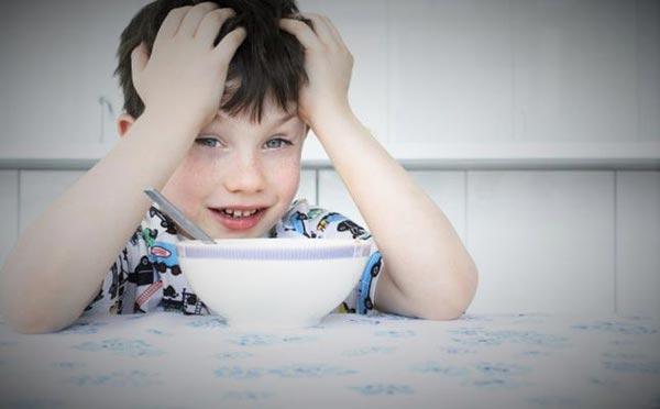 إن كان أولادكِ لا يحبّون الحليب... إليكِ هذه الحيل لإدخاله في طعامهم