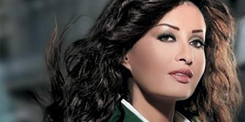 بالصور: إطلالة لطيفة في مهرجان الموسيقي العربية تخطف الأنظار
