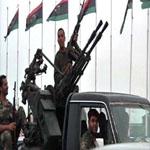 ليبيا: بنغازي تحت القصف وحفتر يطالب المسلحين بالانسحاب من طرابلس