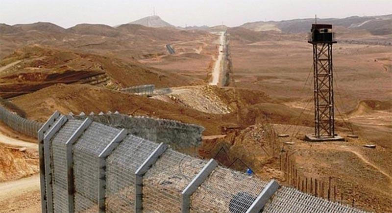 الداخلية: خطط أمنية استثنائية للحد من تسلل ارهابيين من ليبيا الى تونس