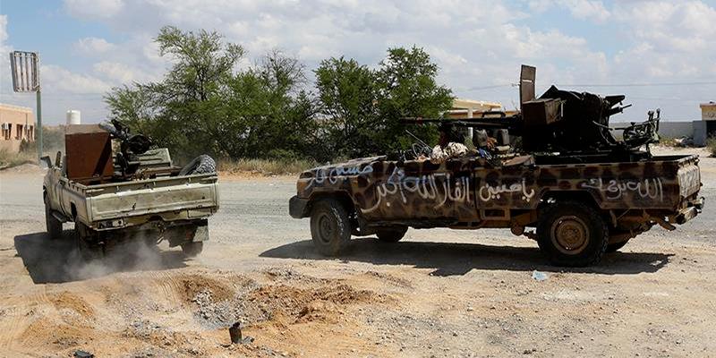 562 morts et 2855 blessés aux affrontements à Tripoli selon l'OMS