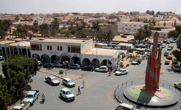 Des femmes tunisiennes bloquées au poste-frontière Dhiba-Wazen, du côté libyen