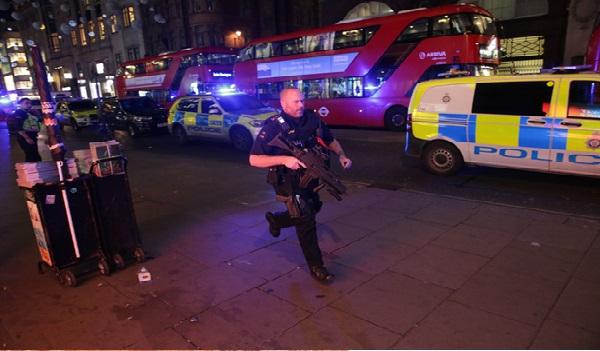 Incident « de nature terroriste ? » près d'une station de métro à Londres