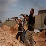 نازحو سرت: المدينة باتت سجناً كبيرا وحواجز التفتيش يديرها ملثمون من جنسيات عربية بينهم تونسيون