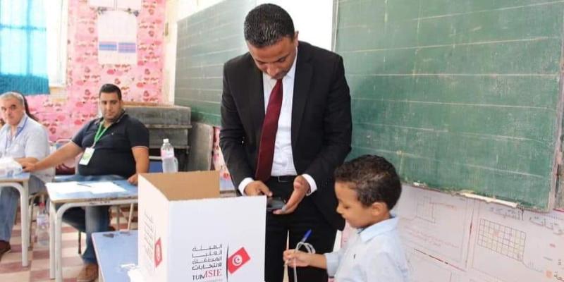 Photo du jour : Seif Eddine Makhlouf en flagrante infraction de la loi