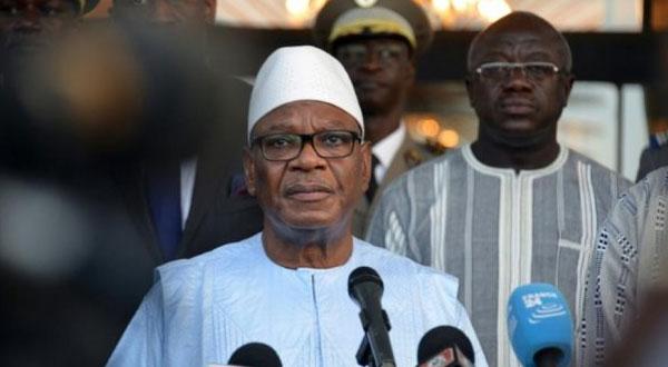 الرئيس المالي يعلق الاستفتاء حول مراجعة الدستور