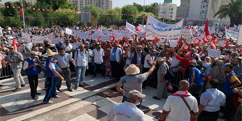 En photos : Un mouvement de protestation au Bardo contre le rapport de la Colibe