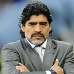 ايقاف مارادونا في الأرجنتين بسبب جواز سفر مزوّر