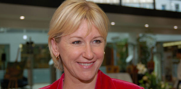 Margot Wallström, la Suédoise qui a fait rager Israël, confirme le soutien et l'appui de son pays à la Tunisie