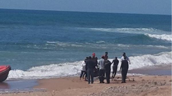 شاطئ مغربي يلفظ أشلاء بشرية
