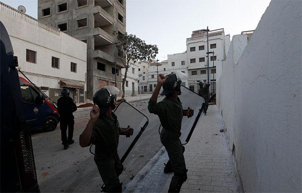 Des dizaines de blessés au Maroc après des heurts entre forces de l'ordre et manifestants