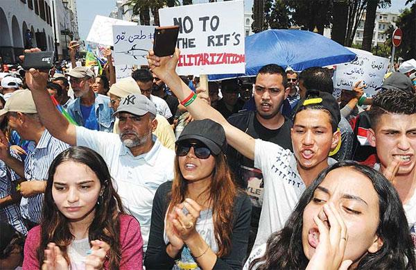 تجدد الاحتجاجات في المغرب ودعوات لمسيرة يوم عيد الفطر