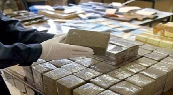فرنسا توقف أكبر شحنة من المخدرات عام 2017 على متن شاحنة مغربية