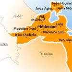 مدنين :مواجهات بين الأمن و مجموعة من الشباب أغلقوا طريق بني خداش