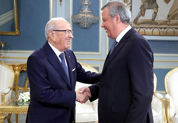 بالصور : ماذا في لقاء رئيس الجمهورية بحمدي المدب رئيس الترجي الرياضي التونسي