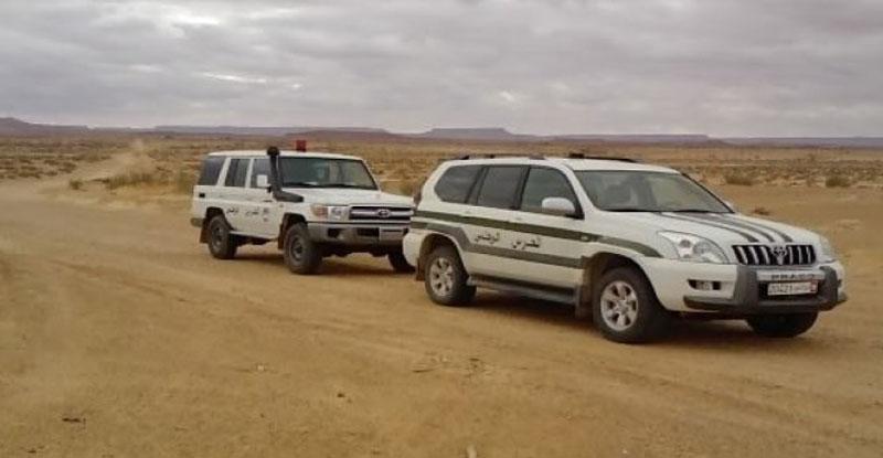 مدنين :ضبط 03 أشخاص بصدد اجتياز الحدود الليبية التونسية خلسة