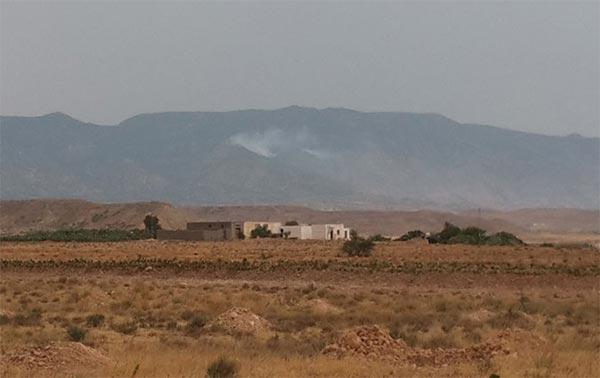 مجموعة إرهابية تقتحم منزلا بمنطقة متاخمة لجبل مغيلة و تستولي على مؤونة و أغطية