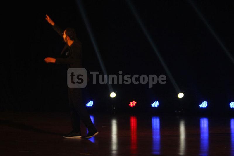 بالصور: ميغالو فوق المسرح